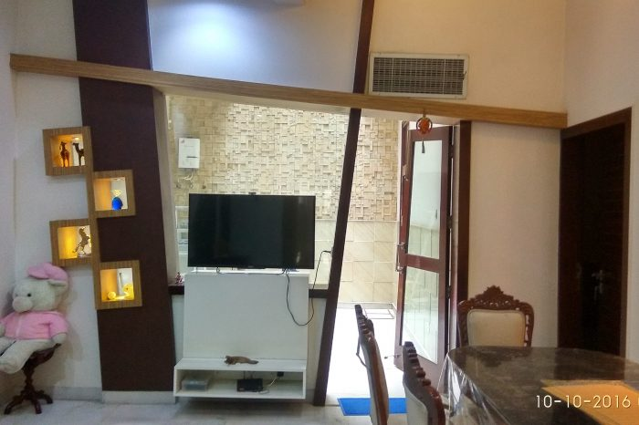 Rajeev - Lobby Interior - Living Room design by decor8